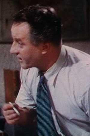A necktie illustrates deinterlacing problems